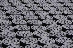 Kohlebriquets. (China heizt und kocht mit Kohle und erzeugt 80% des Stromes mit Kohlekraftwerken.