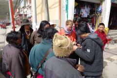 Neugierig-aufdringliche Tibeter