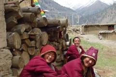 Mönche bei Kloster das uns Unterschlupf gewährte.