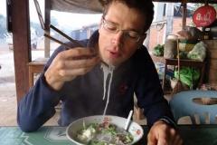 Nudelsuppe - DAS laotische Standart-Zmorge...