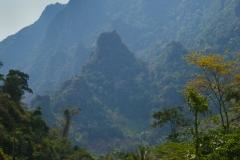 Die Karstberge von Vang Vieng