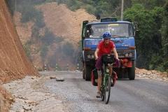 ...mit entsprechend dicker Luft wenn sich mal ein Lastwagen vorbeiquält.