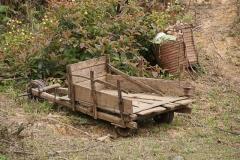 ...aber kurz darauf sind wir dann wirklich auf eine Bäuerin mit ihrem rasenden Transportuntersatz getroffen.